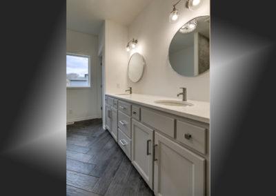 Dreamscape Homes Bathroom Remodel 27